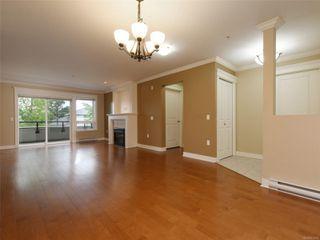 Photo 8: 209 537 Heatherdale Lane in : SW Royal Oak Condo for sale (Saanich West)  : MLS®# 851834