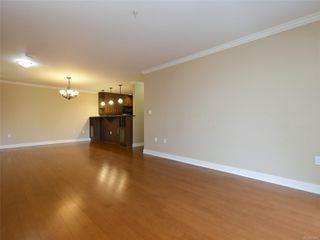 Photo 5: 209 537 Heatherdale Lane in : SW Royal Oak Condo for sale (Saanich West)  : MLS®# 851834