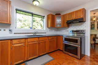 Photo 10: 1532 Palahi Pl in : SE Mt Doug Single Family Detached for sale (Saanich East)  : MLS®# 854453