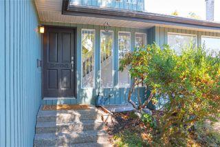 Photo 3: 1532 Palahi Pl in : SE Mt Doug Single Family Detached for sale (Saanich East)  : MLS®# 854453