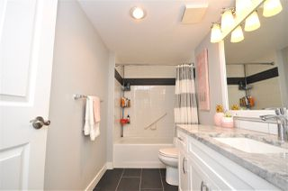 """Photo 11: 310 19835 64 Avenue in Langley: Willoughby Heights Condo for sale in """"Willowbrook Gate"""" : MLS®# R2512847"""