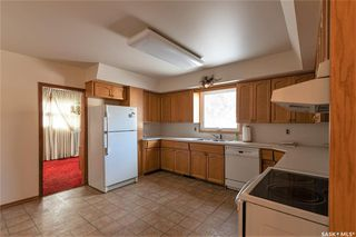 Photo 6: 331 Carleton Drive in Saskatoon: West College Park Residential for sale : MLS®# SK834254