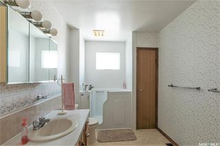 Photo 20: 331 Carleton Drive in Saskatoon: West College Park Residential for sale : MLS®# SK834254