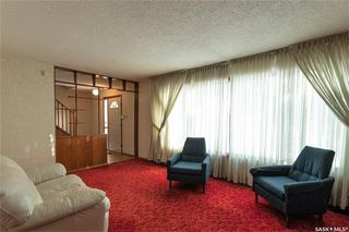 Photo 4: 331 Carleton Drive in Saskatoon: West College Park Residential for sale : MLS®# SK834254