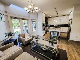 Photo 14: 21 Christie Briar Green SW in Calgary: Christie Park Detached for sale : MLS®# A1057431