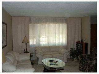 Photo 3: 961 CRESTVIEW PARK Drive in WINNIPEG: Westwood / Crestview Residential for sale (West Winnipeg)  : MLS®# 2814688