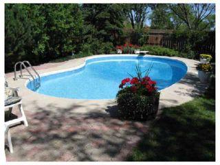 Photo 10: 961 CRESTVIEW PARK Drive in WINNIPEG: Westwood / Crestview Residential for sale (West Winnipeg)  : MLS®# 2814688