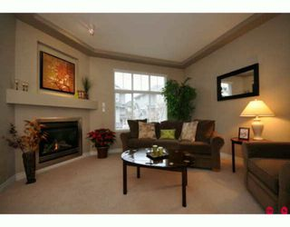 "Photo 2: 35 16760 61ST Avenue in Surrey: Cloverdale BC Townhouse for sale in ""Harvest Landing"" (Cloverdale)  : MLS®# F2927875"