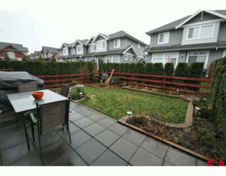 "Photo 10: 35 16760 61ST Avenue in Surrey: Cloverdale BC Townhouse for sale in ""Harvest Landing"" (Cloverdale)  : MLS®# F2927875"