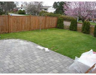 """Photo 5: 3311 ULLSMORE Avenue in Richmond: Seafair House for sale in """"THE MORES"""" : MLS®# V812222"""