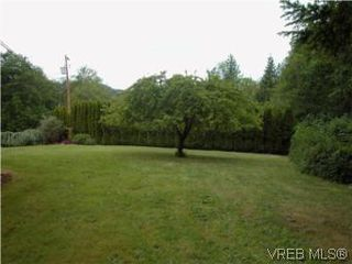 Photo 10: 683 Goldie Avenue in VICTORIA: La Thetis Heights Single Family Detached for sale (Langford)  : MLS®# 279333