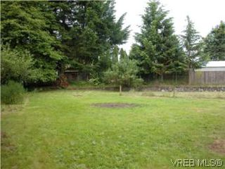 Photo 9: 683 Goldie Avenue in VICTORIA: La Thetis Heights Single Family Detached for sale (Langford)  : MLS®# 279333