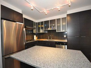 "Photo 2: 986 RICHARDS Street in Vancouver: Downtown VW Townhouse for sale in ""TRIBECA"" (Vancouver West)  : MLS®# V836180"