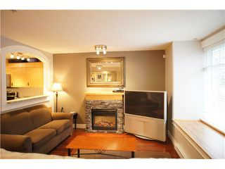 "Photo 4: 55 7488 SOUTHWYNDE Avenue in Burnaby: South Slope Townhouse for sale in ""LEDGESTONE 1"" (Burnaby South)  : MLS®# V864166"