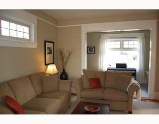 "Photo 3: 3049 ONTARIO Street in Vancouver: Mount Pleasant VW House for sale in ""MOUNT PLEASANT"" (Vancouver West)  : MLS®# V753820"