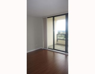 """Photo 4: 2205 7063 HALL Avenue in Burnaby: Highgate Condo for sale in """"EMERSON"""" (Burnaby South)  : MLS®# V776623"""