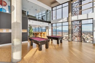 """Photo 15: 2110 128 W CORDOVA Street in Vancouver: Downtown VW Condo for sale in """"WOODWARDS W43"""" (Vancouver West)  : MLS®# R2394432"""