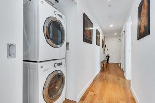 """Photo 13: 2110 128 W CORDOVA Street in Vancouver: Downtown VW Condo for sale in """"WOODWARDS W43"""" (Vancouver West)  : MLS®# R2394432"""