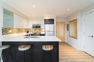 """Photo 10: 206 935 W 16TH Street in North Vancouver: Mosquito Creek Condo for sale in """"GATEWAY"""" : MLS®# R2413293"""