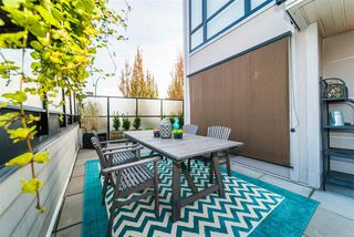 """Photo 2: 206 935 W 16TH Street in North Vancouver: Mosquito Creek Condo for sale in """"GATEWAY"""" : MLS®# R2413293"""
