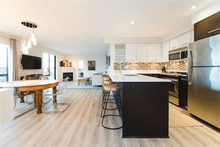 """Photo 9: 206 935 W 16TH Street in North Vancouver: Mosquito Creek Condo for sale in """"GATEWAY"""" : MLS®# R2413293"""