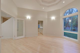 Photo 5: 704 HETU Lane in Edmonton: Zone 14 House for sale : MLS®# E4185530