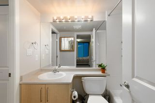 "Photo 16: 420 5380 OBEN Street in Vancouver: Collingwood VE Condo for sale in ""URBA"" (Vancouver East)  : MLS®# R2449064"