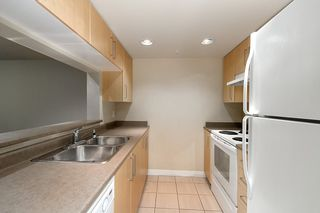 "Photo 12: 420 5380 OBEN Street in Vancouver: Collingwood VE Condo for sale in ""URBA"" (Vancouver East)  : MLS®# R2449064"