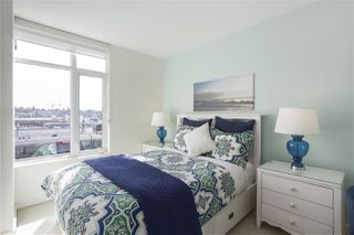 """Photo 13: 703 38 W 1ST Avenue in Vancouver: False Creek Condo for sale in """"THE ONE BY PINNACLE"""" (Vancouver West)  : MLS®# R2450251"""