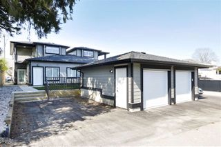 Photo 2: 8164 16TH Avenue in Burnaby: East Burnaby House 1/2 Duplex for sale (Burnaby East)  : MLS®# R2455824