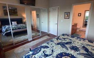 Photo 4: 11 5780 TRAIL AVENUE in Sechelt: Sechelt District Condo for sale (Sunshine Coast)  : MLS®# R2476579