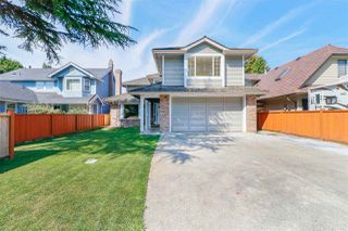 Photo 2: 10482 KOZIER Drive in Richmond: Steveston North House for sale : MLS®# R2497036