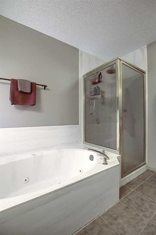 Photo 32: 14308 Shawnee Bay SW in Calgary: Shawnee Slopes Detached for sale : MLS®# A1039173