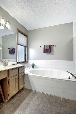 Photo 31: 14308 Shawnee Bay SW in Calgary: Shawnee Slopes Detached for sale : MLS®# A1039173
