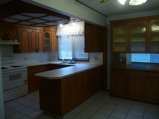 Photo 3: 5707 E 53 Street in Viking: House for sale