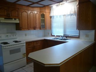 Photo 4: 5707 E 53 Street in Viking: House for sale