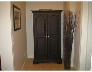 """Photo 9: 101 1868 W 5TH Avenue in Vancouver: Kitsilano Condo for sale in """"GREENWICH WEST"""" (Vancouver West)  : MLS®# V790007"""