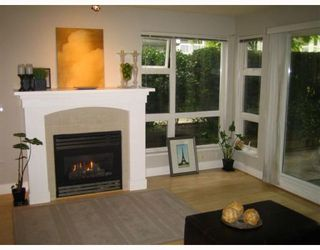 """Photo 2: 101 1868 W 5TH Avenue in Vancouver: Kitsilano Condo for sale in """"GREENWICH WEST"""" (Vancouver West)  : MLS®# V790007"""