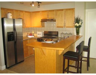 """Photo 6: 101 1868 W 5TH Avenue in Vancouver: Kitsilano Condo for sale in """"GREENWICH WEST"""" (Vancouver West)  : MLS®# V790007"""