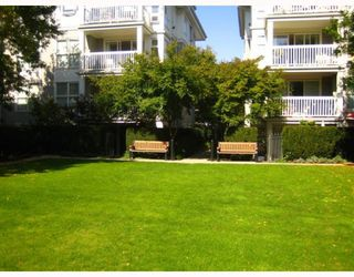 """Photo 4: 101 1868 W 5TH Avenue in Vancouver: Kitsilano Condo for sale in """"GREENWICH WEST"""" (Vancouver West)  : MLS®# V790007"""