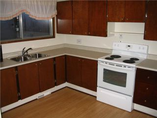 Photo 4: 219 Houde Drive in WINNIPEG: Fort Garry / Whyte Ridge / St Norbert Residential for sale (South Winnipeg)  : MLS®# 2950046