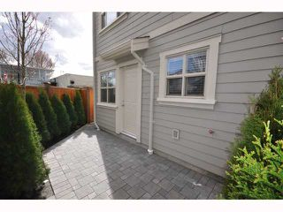 Photo 3: 4188 WELWYN Street in Vancouver: Victoria VE Townhouse for sale (Vancouver East)  : MLS®# V817794