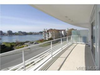 Photo 13: 212 68 Songhees Rd in VICTORIA: VW Songhees Condo Apartment for sale (Victoria West)  : MLS®# 499543