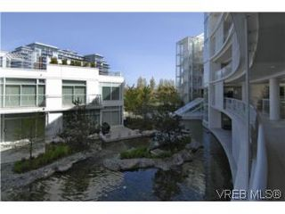 Photo 19: 212 68 Songhees Rd in VICTORIA: VW Songhees Condo Apartment for sale (Victoria West)  : MLS®# 499543