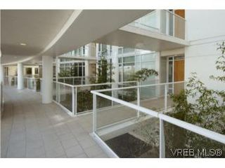 Photo 17: 212 68 Songhees Rd in VICTORIA: VW Songhees Condo Apartment for sale (Victoria West)  : MLS®# 499543