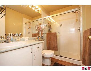 """Photo 9: 3 6513 200TH Street in Langley: Willoughby Heights Townhouse for sale in """"LOGANS CREEK"""" : MLS®# F2909386"""