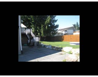 Photo 2: 1212 PARKWOOD Place: Brackendale House for sale (Squamish)  : MLS®# V777825
