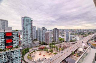 """Photo 13: 2703 1351 CONTINENTAL Street in Vancouver: Downtown VW Condo for sale in """"MADDOX"""" (Vancouver West)  : MLS®# R2393413"""