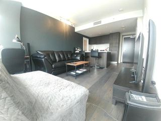 """Photo 5: 2703 1351 CONTINENTAL Street in Vancouver: Downtown VW Condo for sale in """"MADDOX"""" (Vancouver West)  : MLS®# R2393413"""