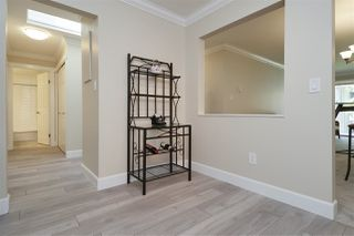"Photo 9: 304 1459 BLACKWOOD Street: White Rock Condo for sale in ""CHARTWELL"" (South Surrey White Rock)  : MLS®# R2393628"